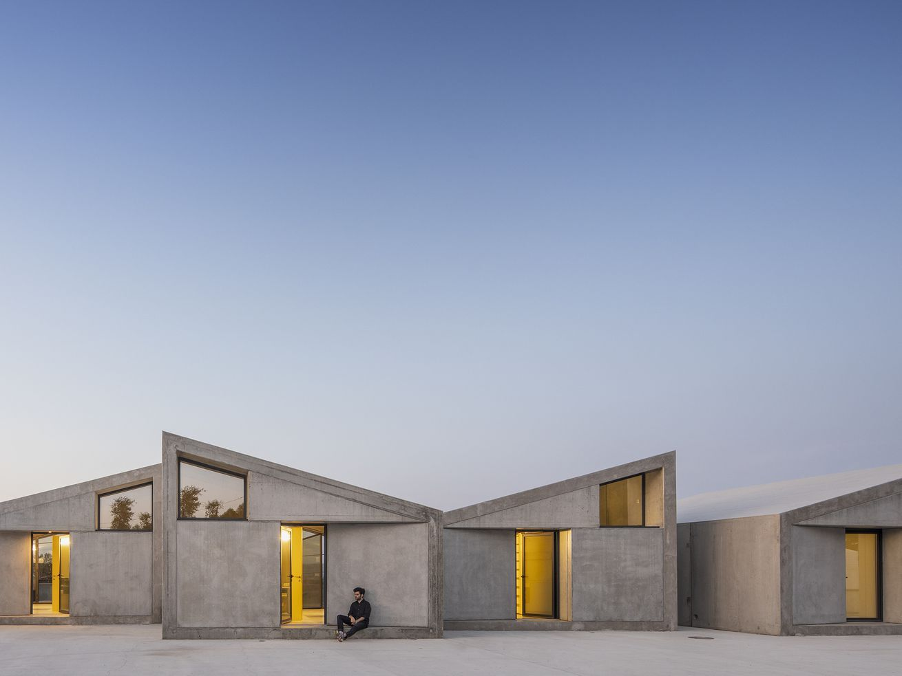 These Modular Cabins Put Brutalist Spin Prefab Fidelity Home Group